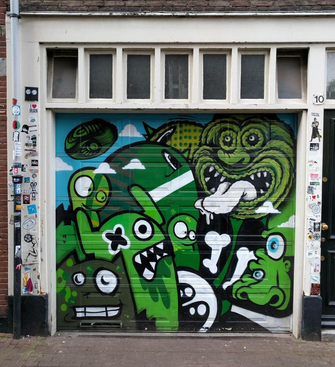 Amsterdam-grafitti.jpg