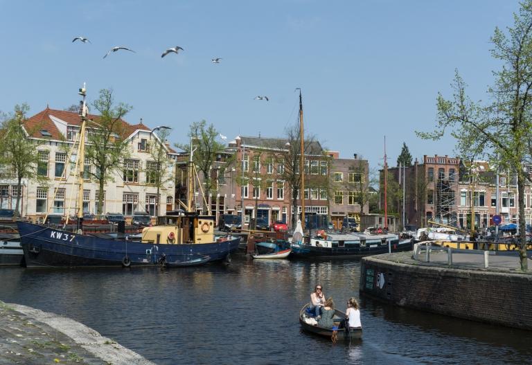 Groningen_canals_Netherlands.jpg