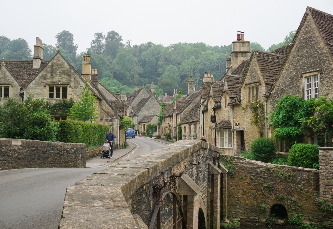 cotswolds_castle_combe_bridge