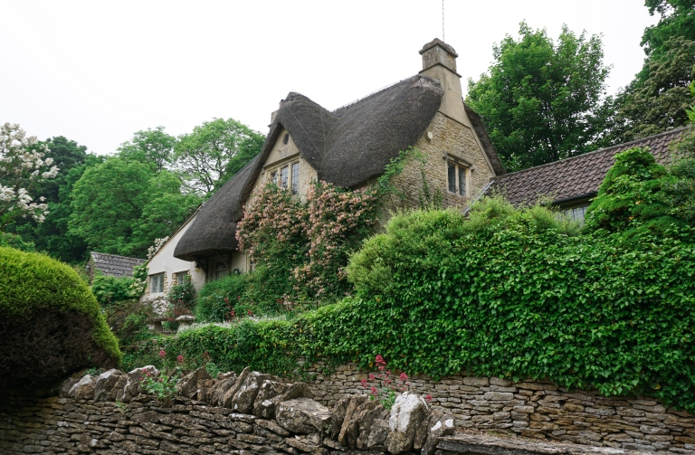 cotswolds_cottage_castle_combe.jpg